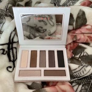 Lorac Tails and Tophats palette